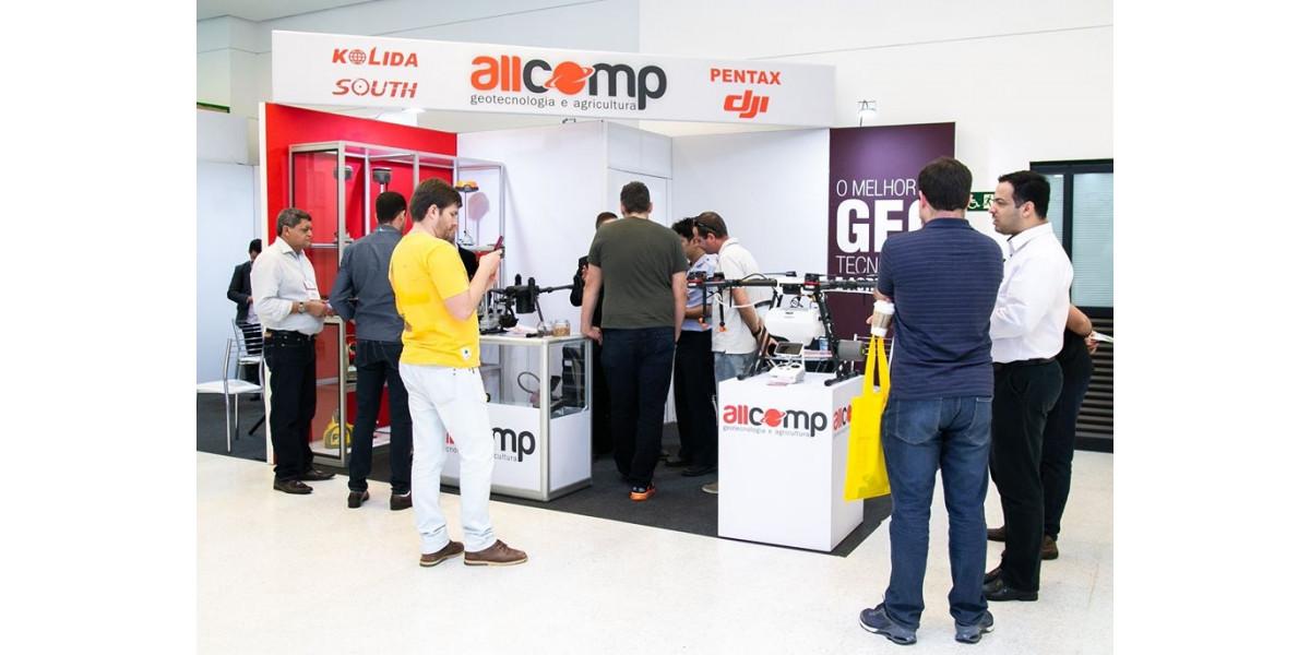 DroneShow e MundoGEO Connect 2021